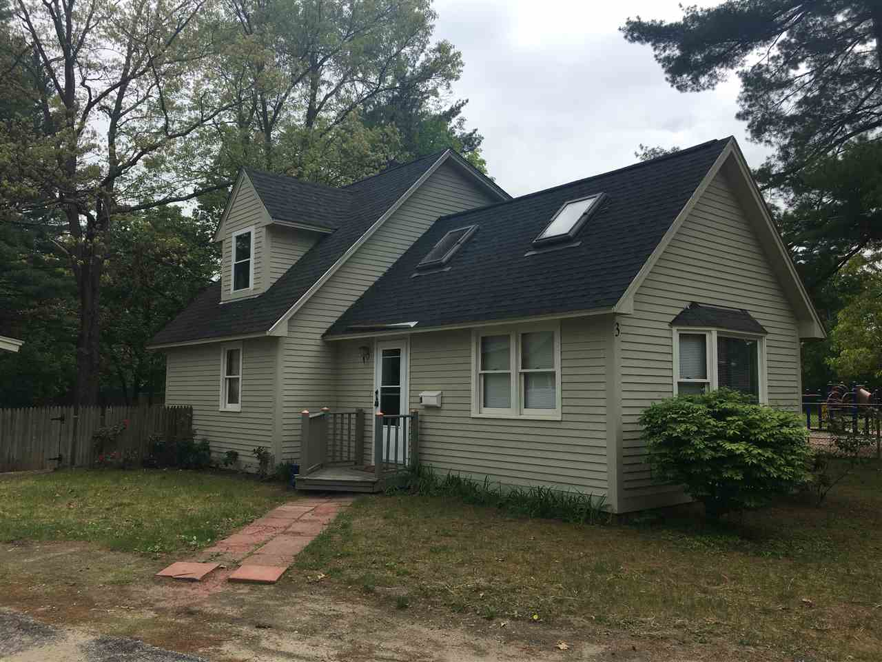 Hudson NH Home for sale $List Price is $210,000