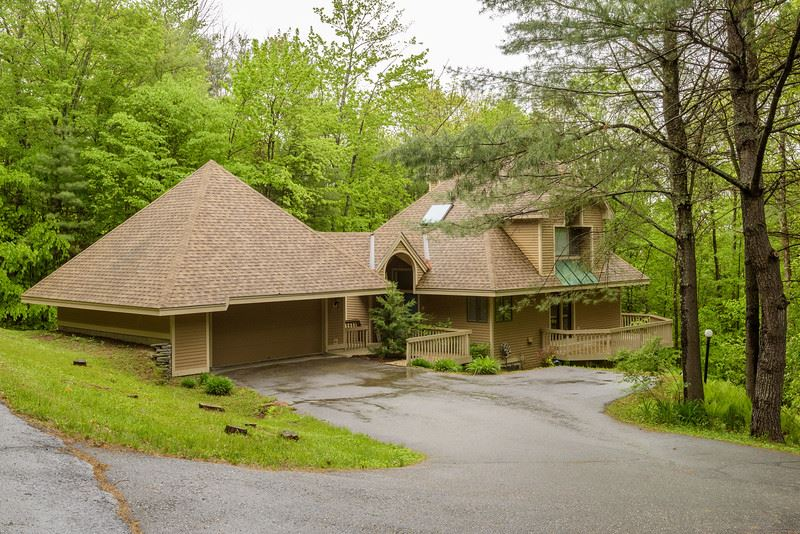 VILLAGE OF QUECHEE IN TOWN OF HARTFORD VTHome for sale $$450,000 | $286 per sq.ft.