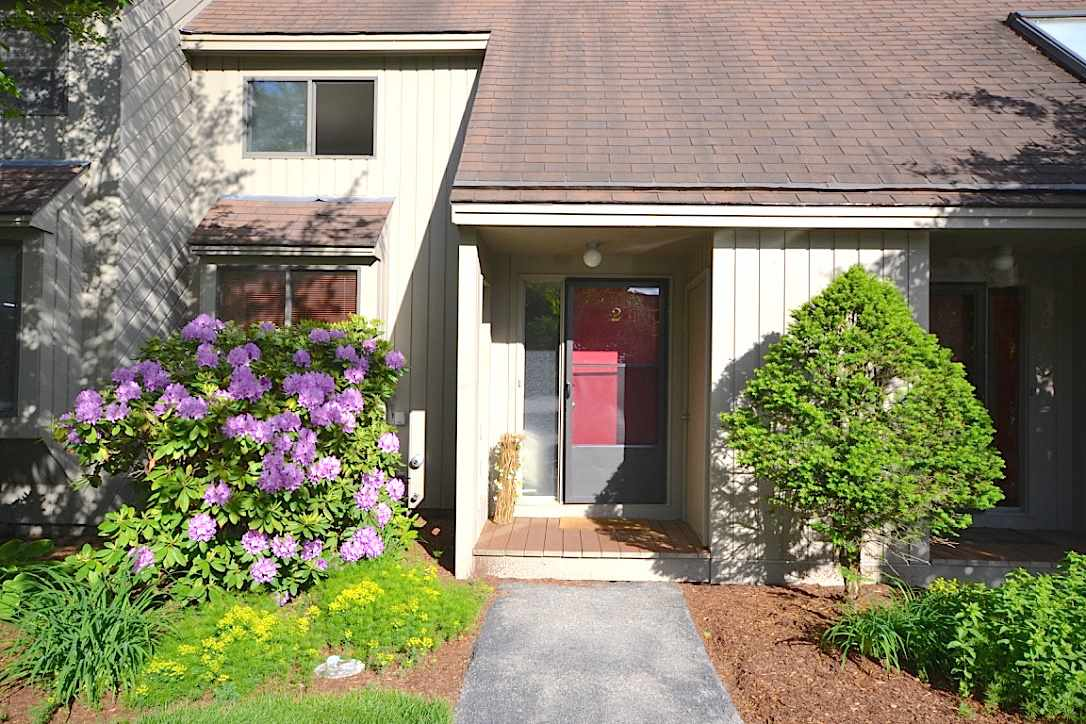 Bedford NHCondo for sale $List Price is $219,900