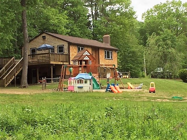Deerfield NH Home for sale $List Price is $279,900