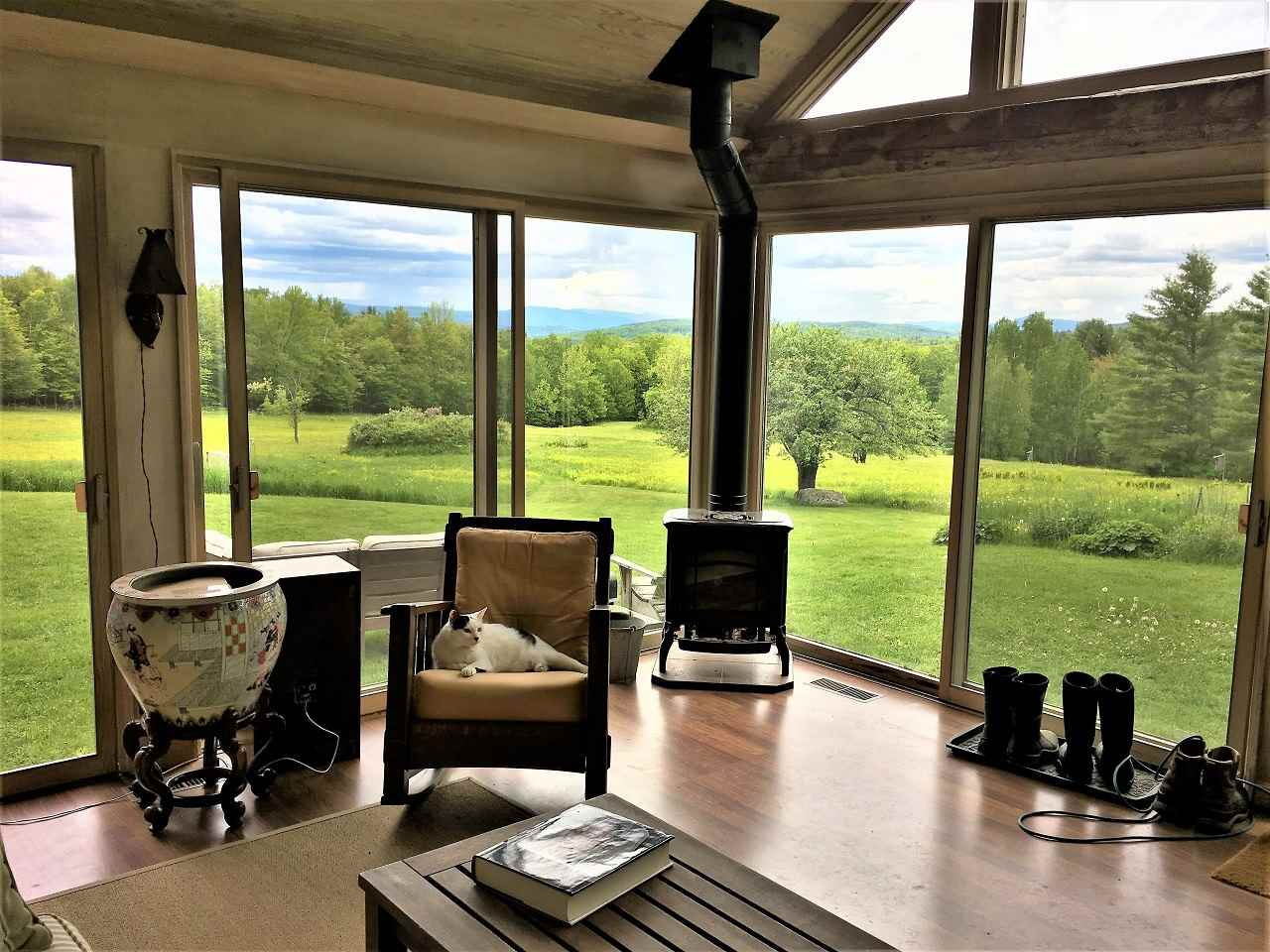 HANOVER NH Home for sale $$1,050,000 | $379 per sq.ft.