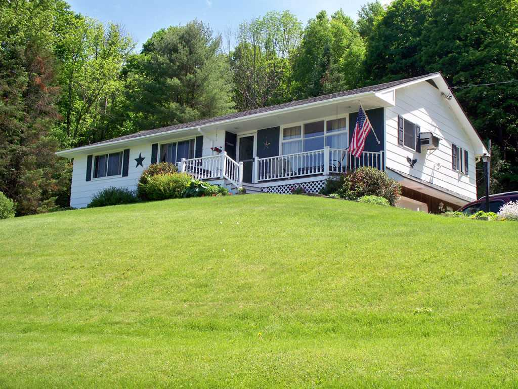 WEST RUTLAND VT Home for sale $$207,000 | $146 per sq.ft.
