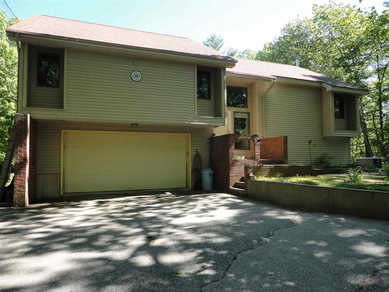BARRINGTON NH Home for sale $284,900