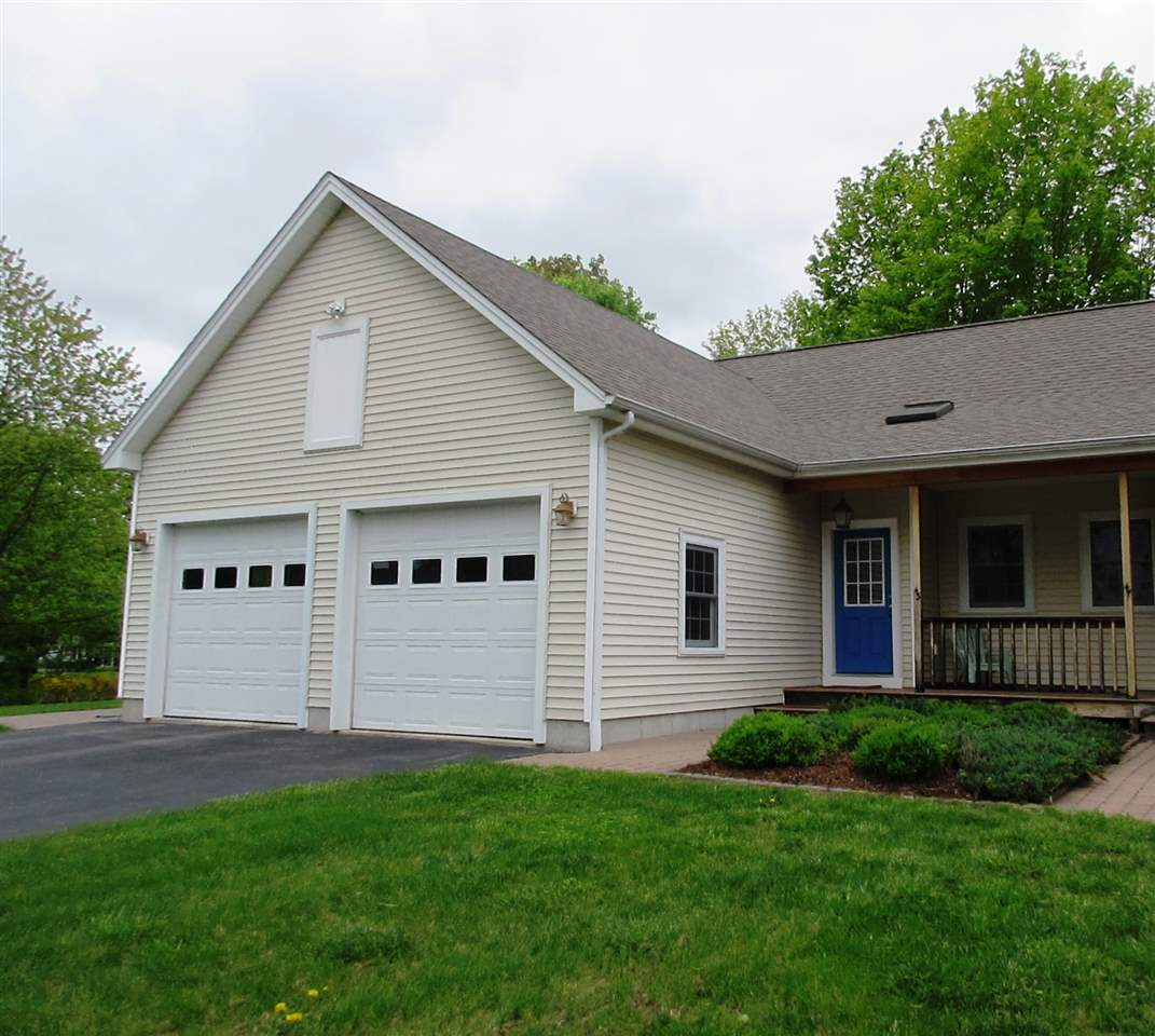 Henniker NH Condo for sale $List Price is $259,000