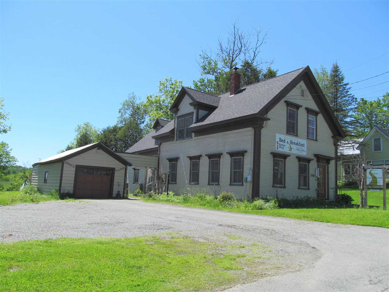 316 North Pleasant St., Troy, VT 05859