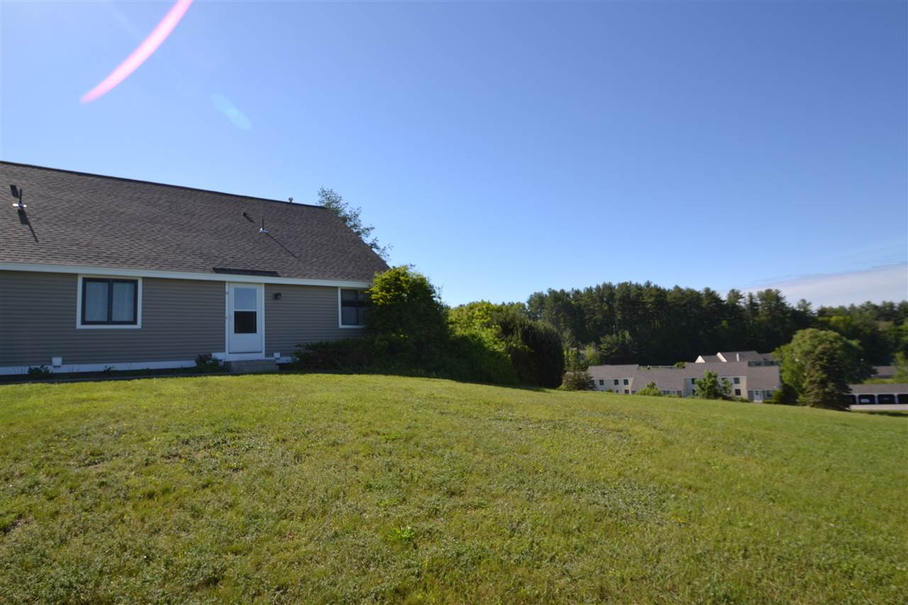 Londonderry NH Condo for sale $List Price is $184,900