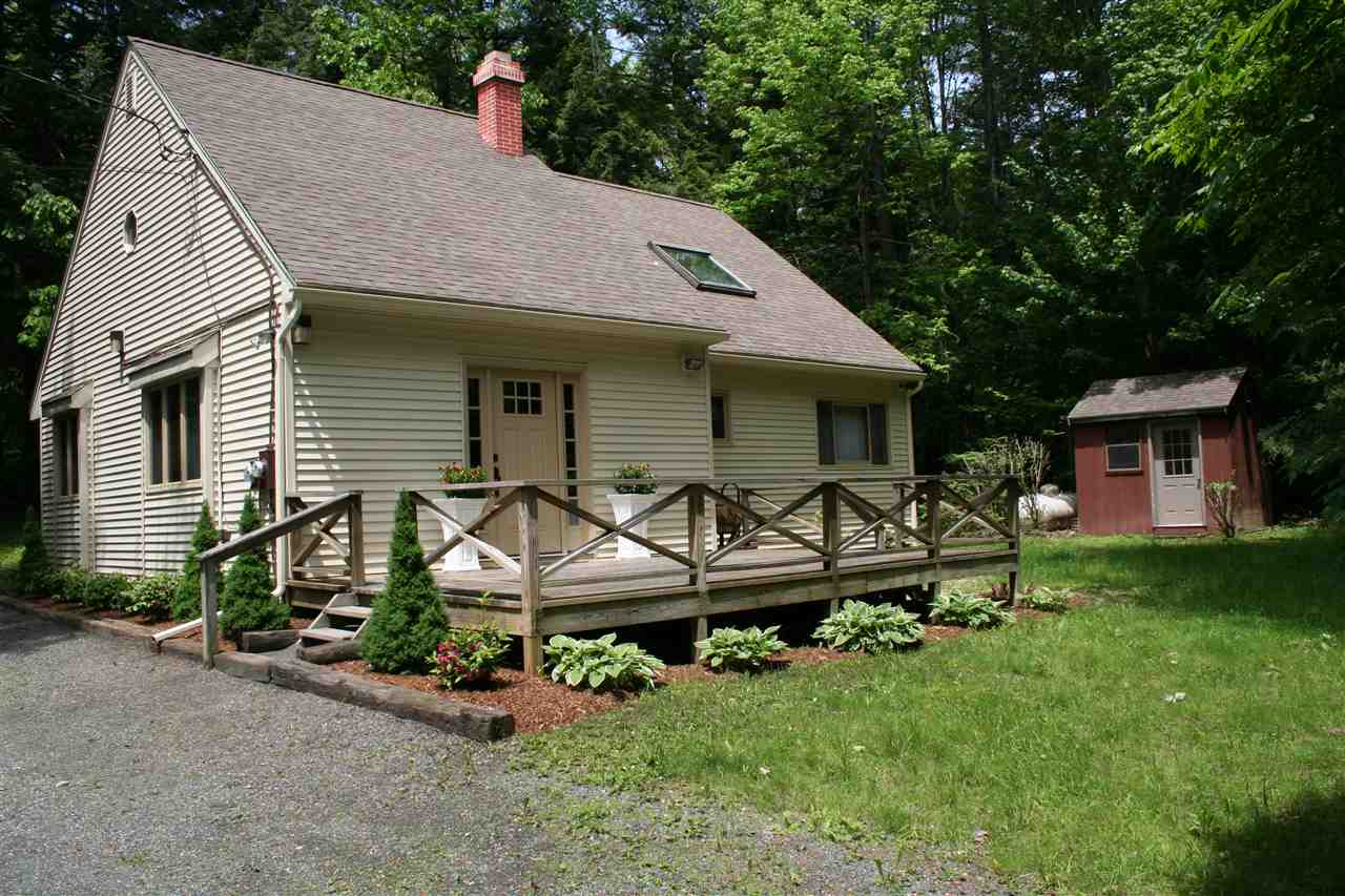 VILLAGE OF QUECHEE IN TOWN OF HARTFORD VT Home for sale $$139,000 | $92 per sq.ft.