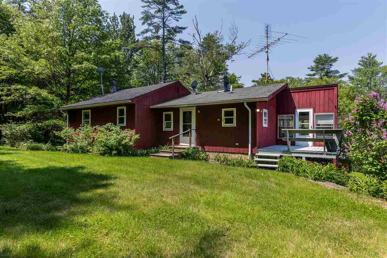 LYME NH Home for sale $$255,000 | $253 per sq.ft.