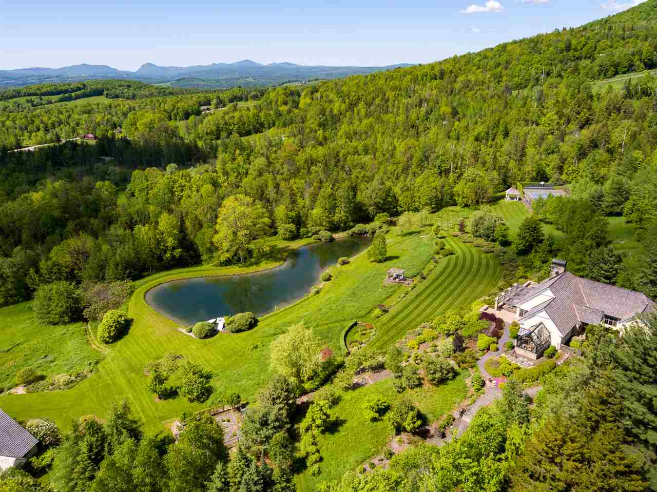 KIRBY VTLake House for sale $$1,895,000 | $408 per sq.ft.
