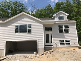 11R  Indian Hill Derry, NH 03038