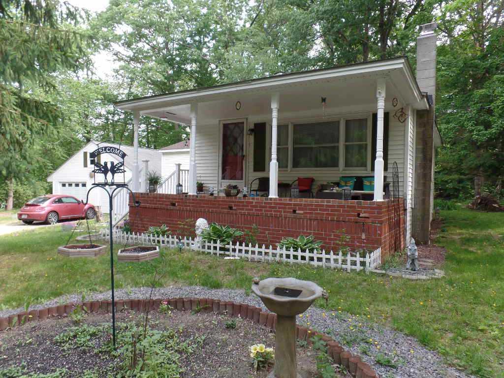Auburn NHHome for sale $List Price is $214,900