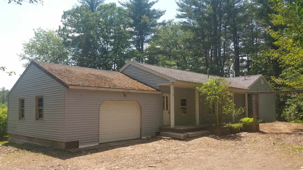 Sandown NH Home for sale $List Price is $199,900
