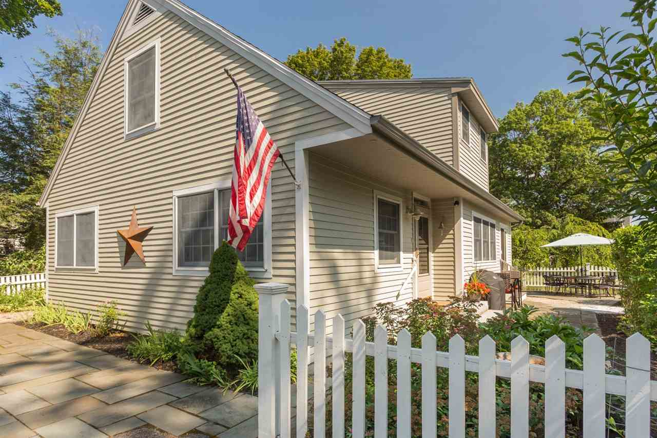 148  Main New Castle, NH 03854
