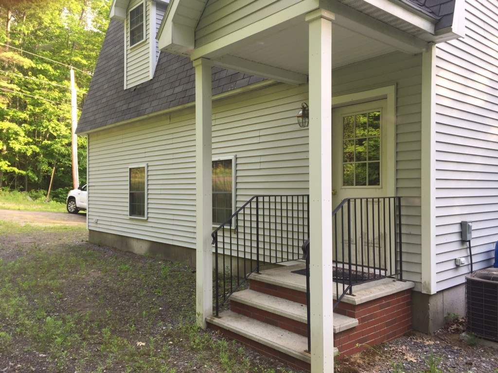 ALEXANDRIA NH Home for sale $129,000