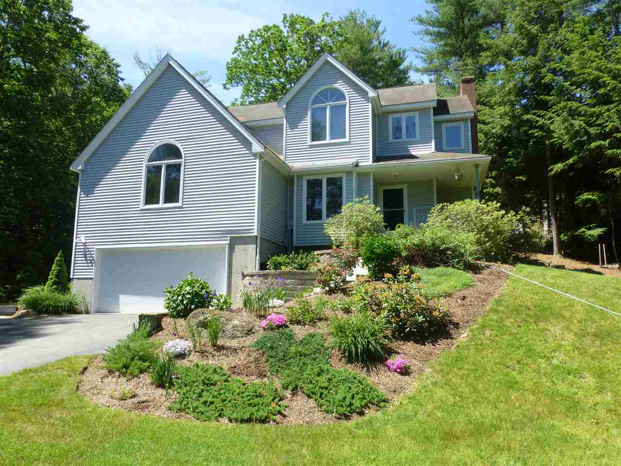 18  Mont Vernon Road Amherst, NH 03031