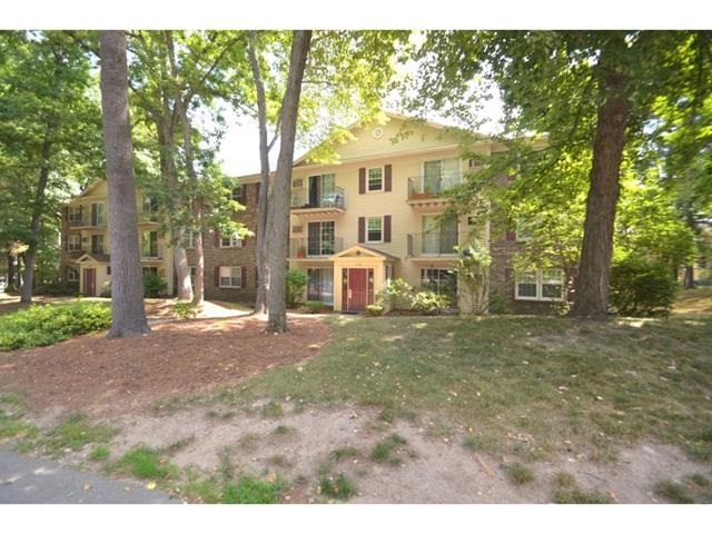 Nashua NH Condo for sale $List Price is $135,000