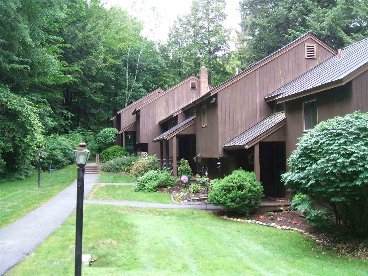 VILLAGE OF QUECHEE IN TOWN OF HARTFORD VT Condo for sale $$75,000 | $71 per sq.ft.
