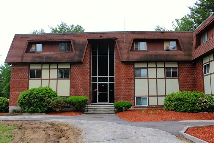 Londonderry NH Condo for sale $List Price is $125,000