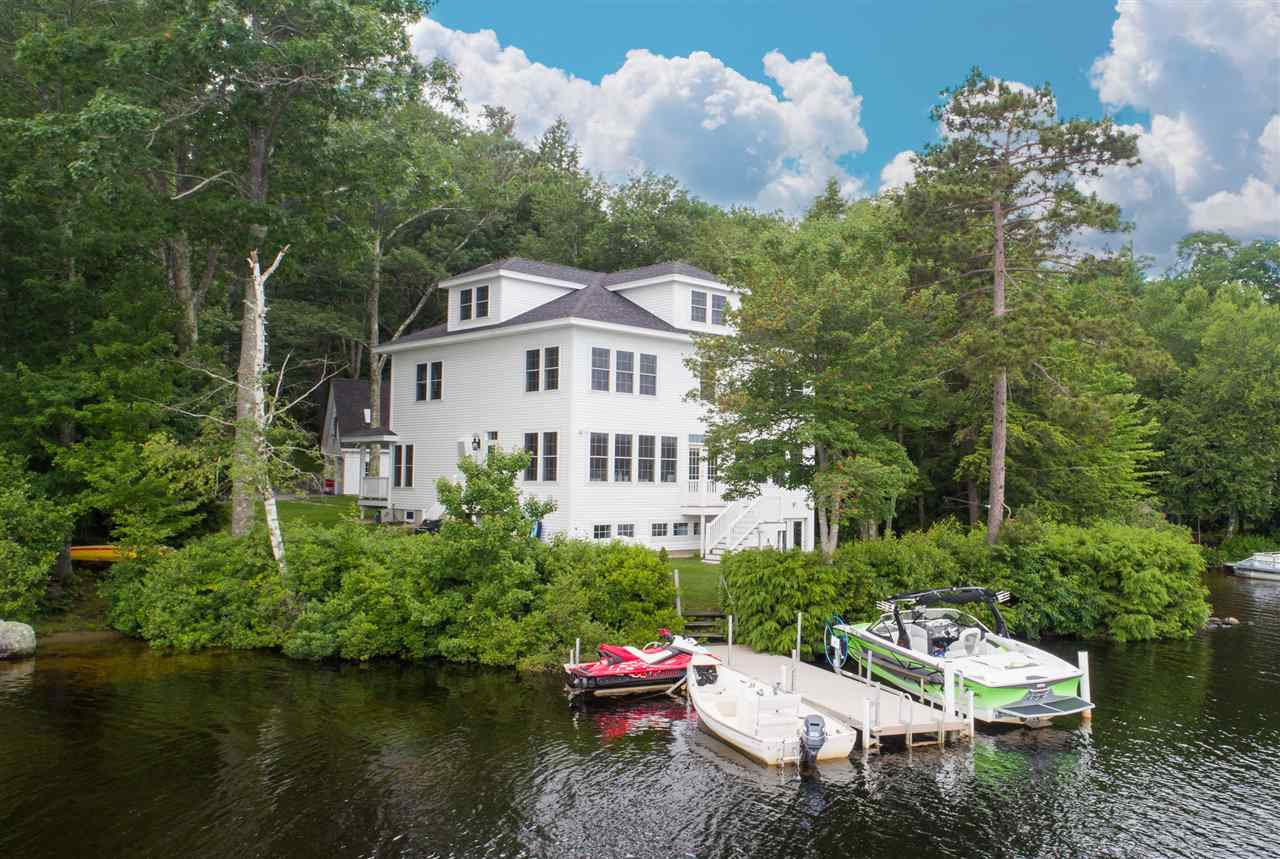 DEERFIELD NH Lake House for sale $$949,900 | $236 per sq.ft.