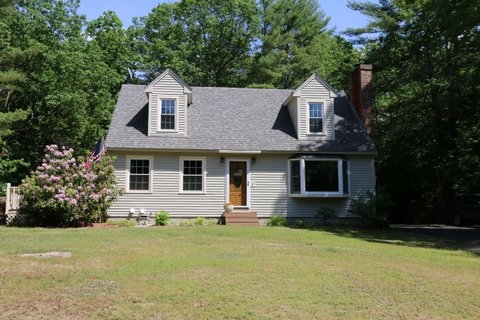 Auburn NH Home for sale $List Price is $304,900