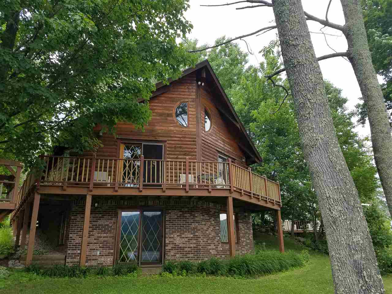 WELLS VTLake House for sale $$379,000 | $376 per sq.ft.