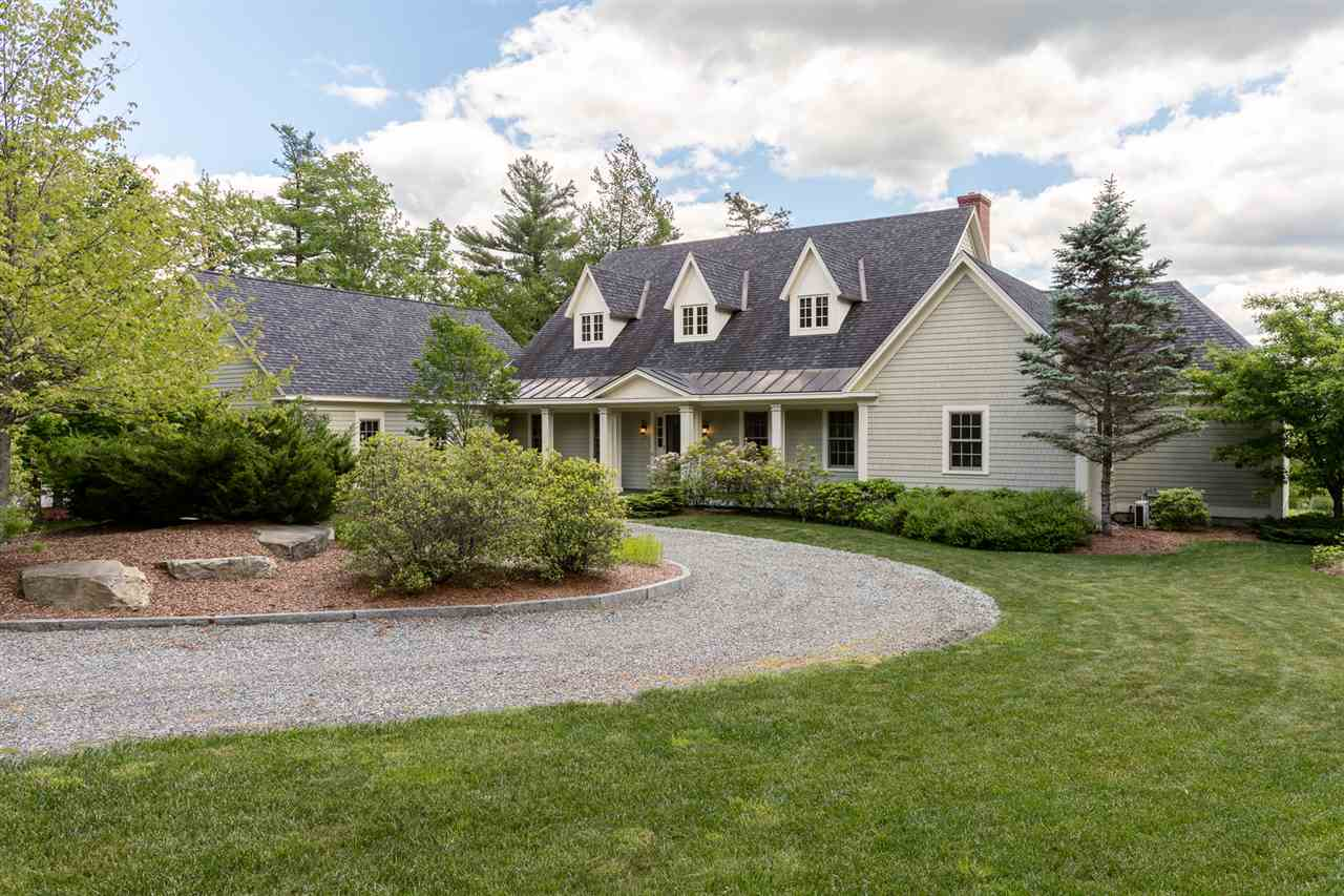 NEW LONDON NH Home for sale $$875,000 | $220 per sq.ft.