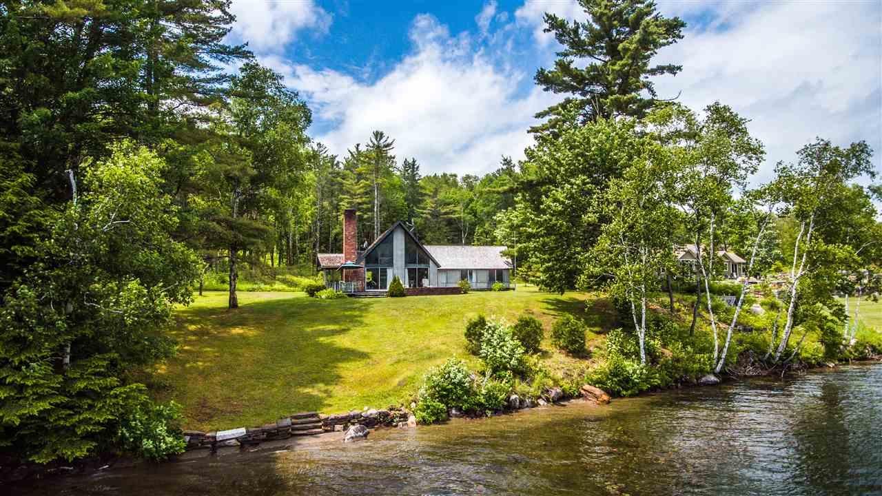 BARNET VTLake House for sale $$349,000 | $287 per sq.ft.