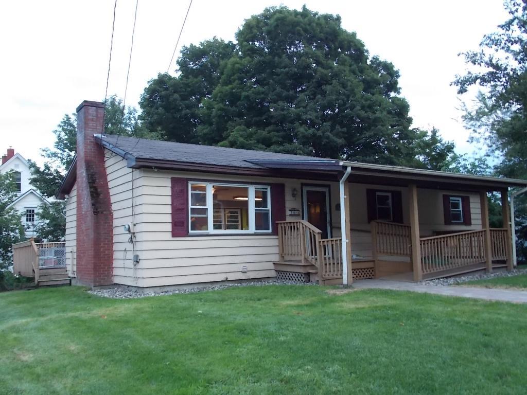 36 Lynwood Terrace, St. Johnsbury, VT 05819