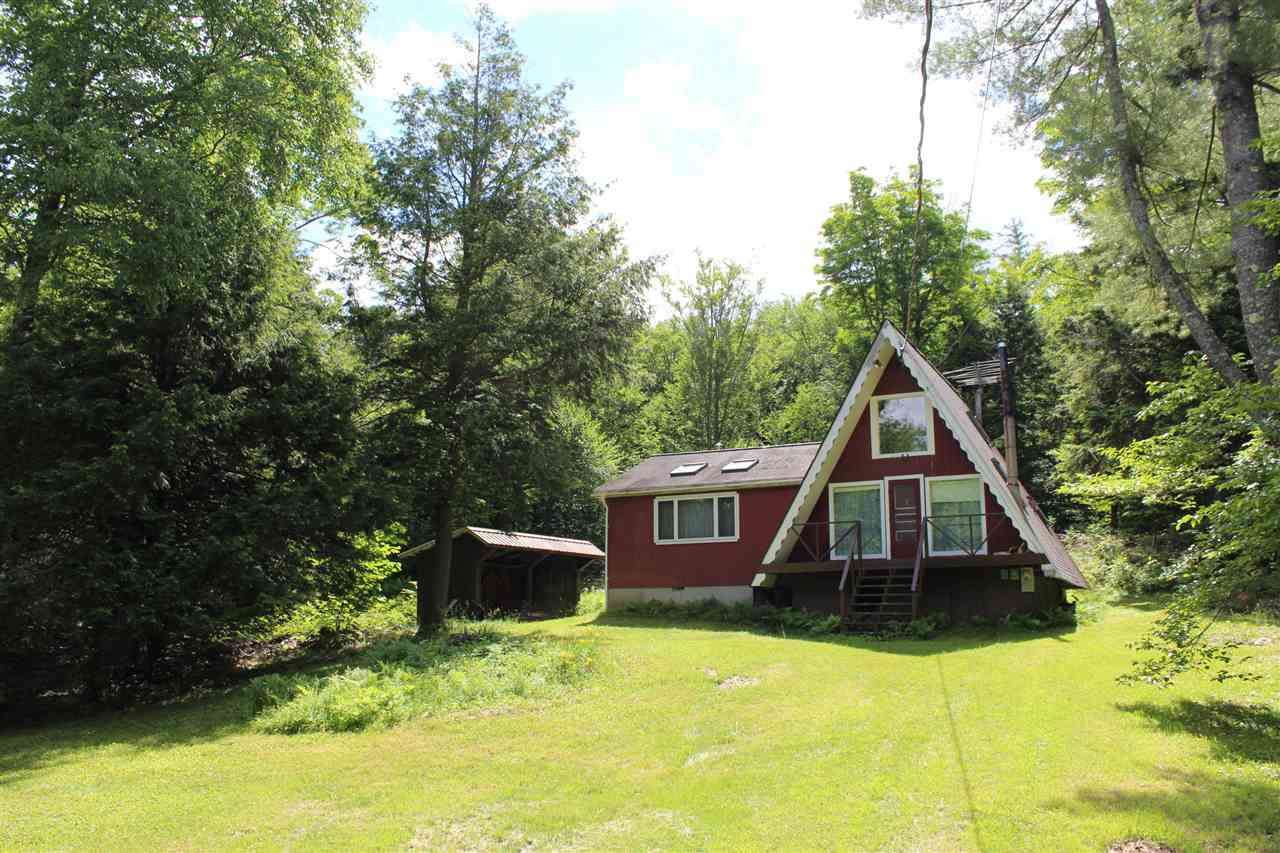 1890 South Hill Road, Jamaica, VT 05343