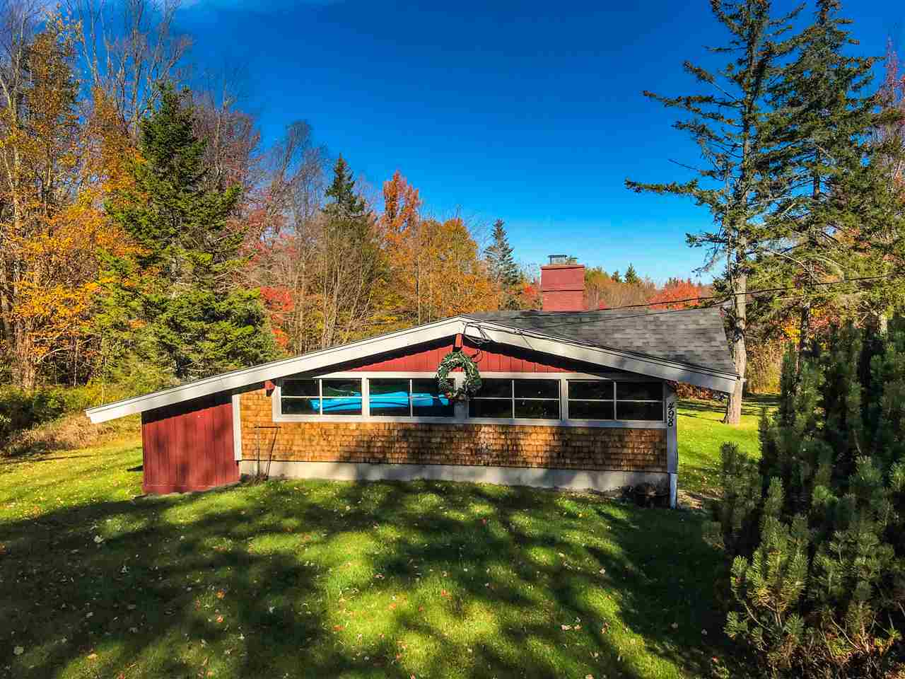 498 Stowe Hill Road, Wilmington, VT 05363