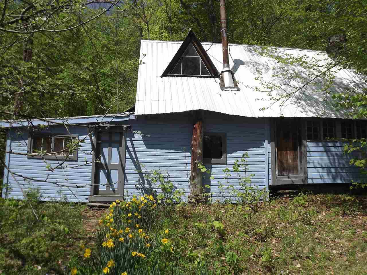 240 Merrill Farm Road, Roxbury, VT 05669