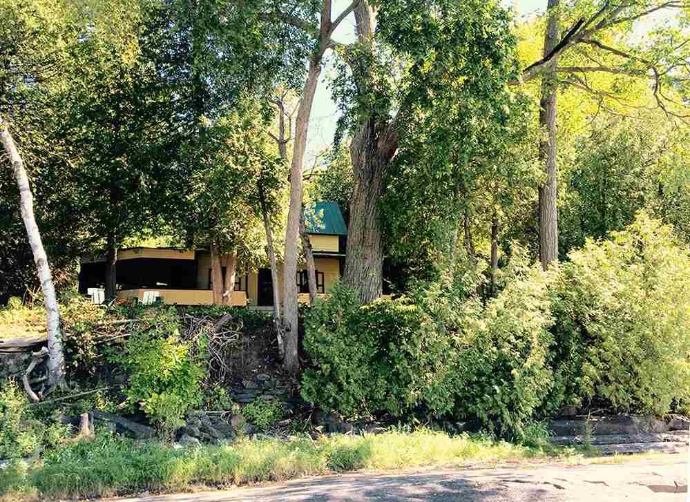 FERRISBURGH VTLake House for sale $$525,000 | $393 per sq.ft.