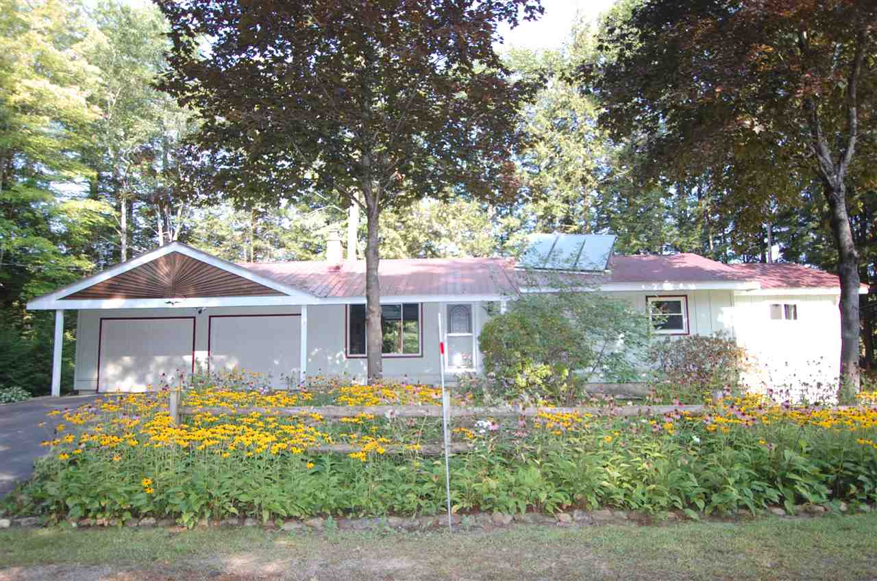 WEBSTER NH Lake House for sale $$215,000 | $179 per sq.ft.