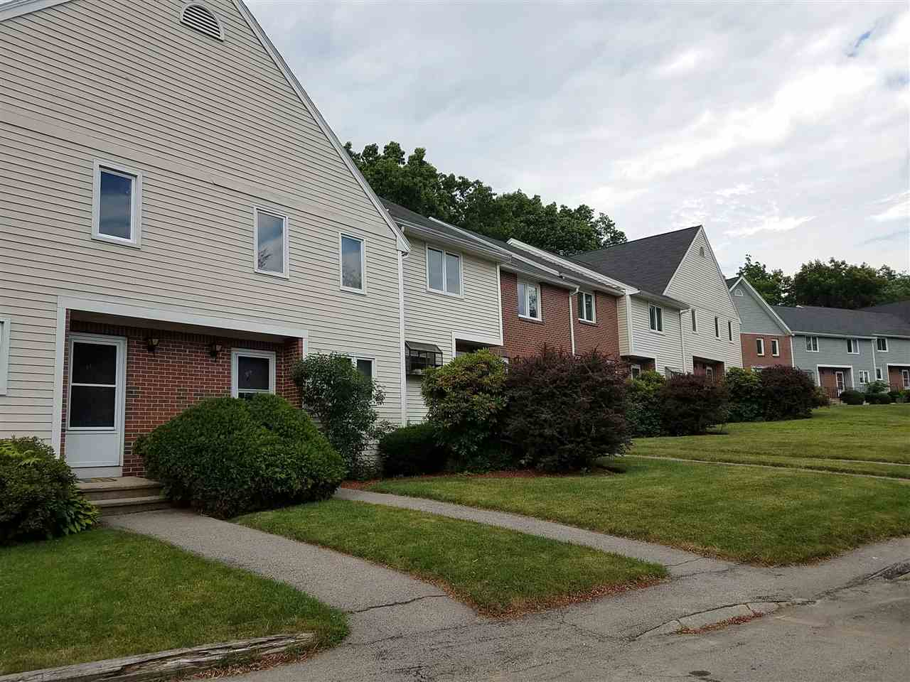 Hudson NHCondo for sale $List Price is $174,900