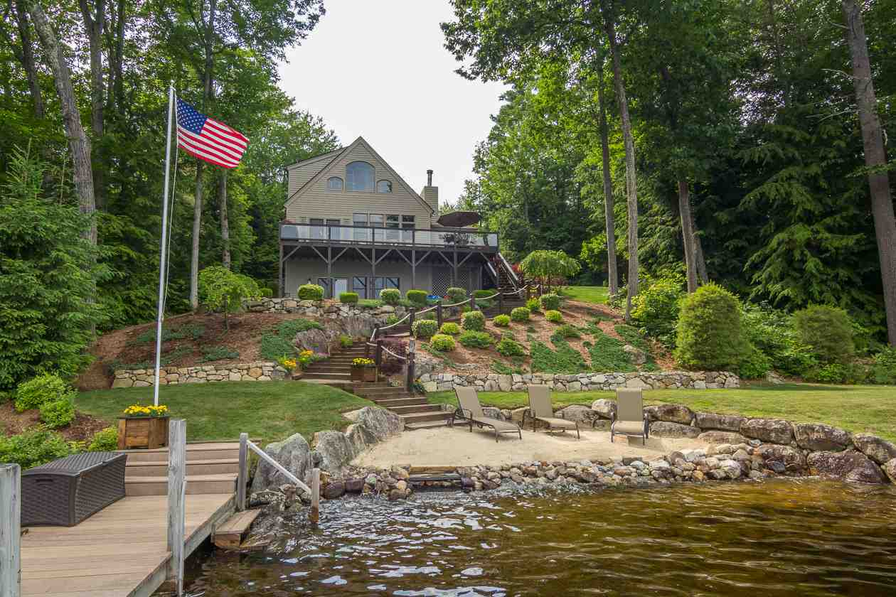 MOULTONBOROUGH NH  Home for sale $1,149,000