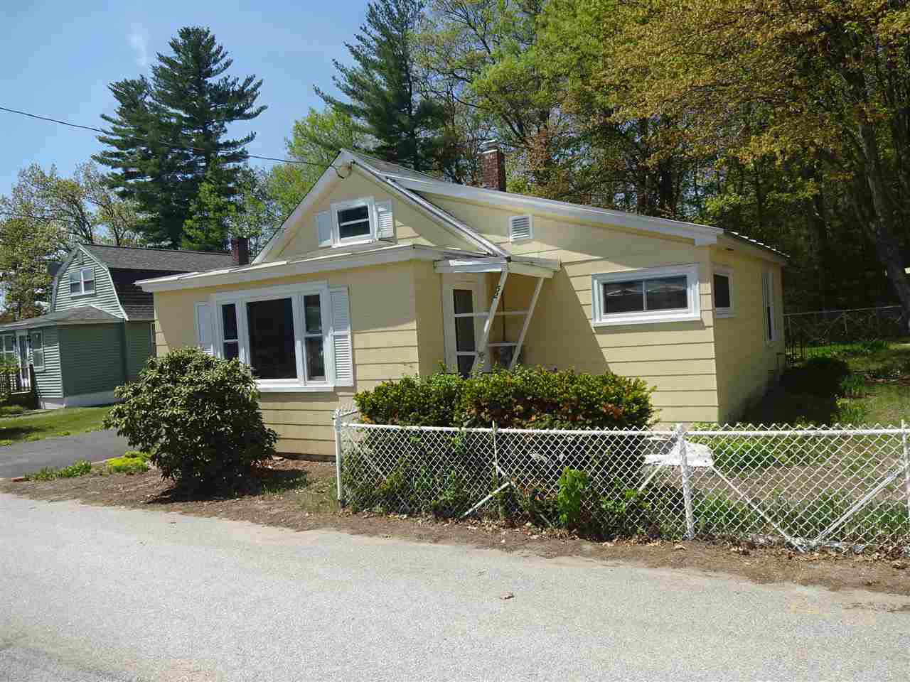 Manchester NH Home for sale $List Price is $135,000
