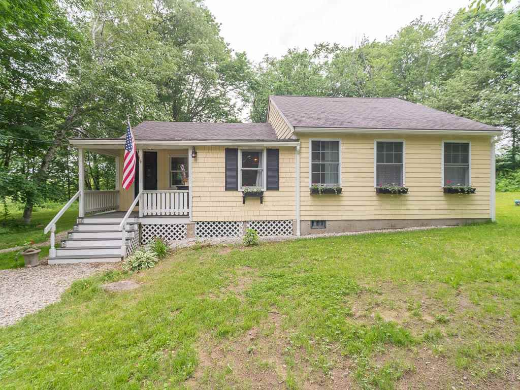 Deerfield NH Home for sale $List Price is $212,500
