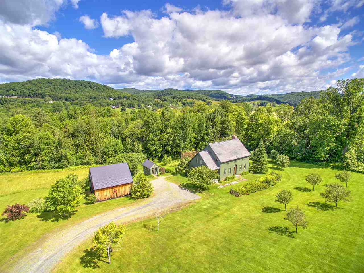 POMFRET VT Home for sale $$599,000 | $222 per sq.ft.