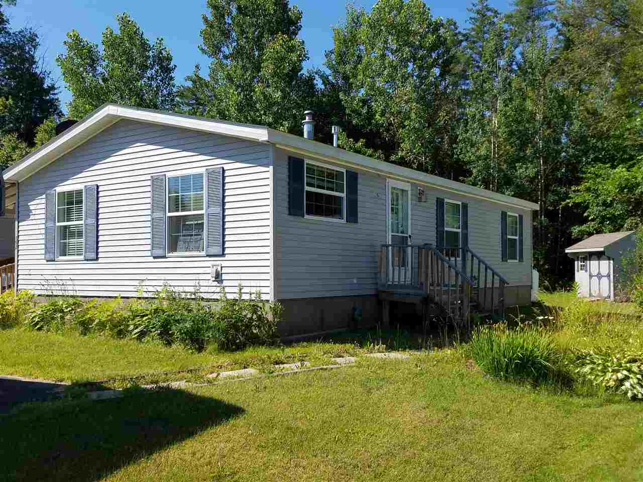 CHARLESTOWN NHMobile-Manufacured Home for sale $$32,900 | $34 per sq.ft.