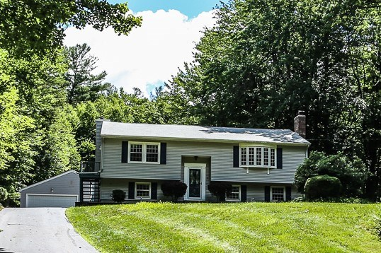 Litchfield NH Home for sale $List Price is $275,000
