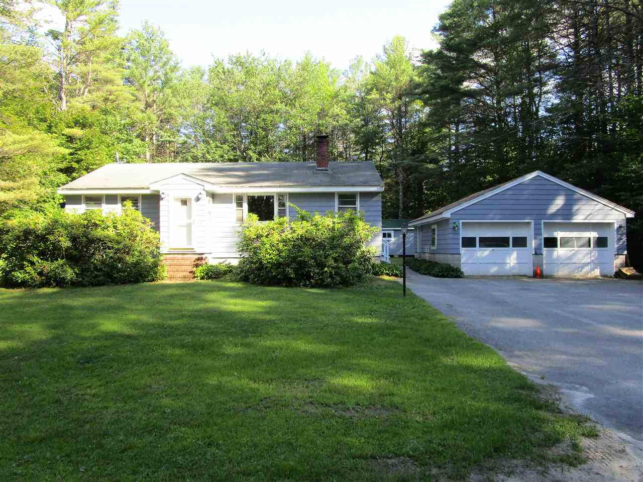 Bridgewater NH Home for sale $$175,000 $182 per sq.ft.