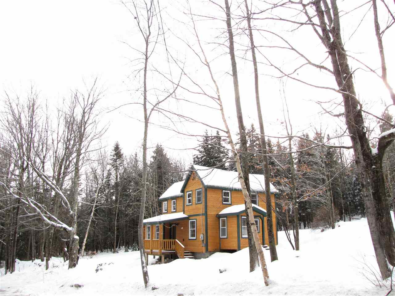 LOCATION!!! In the heart of the Green Mountain...