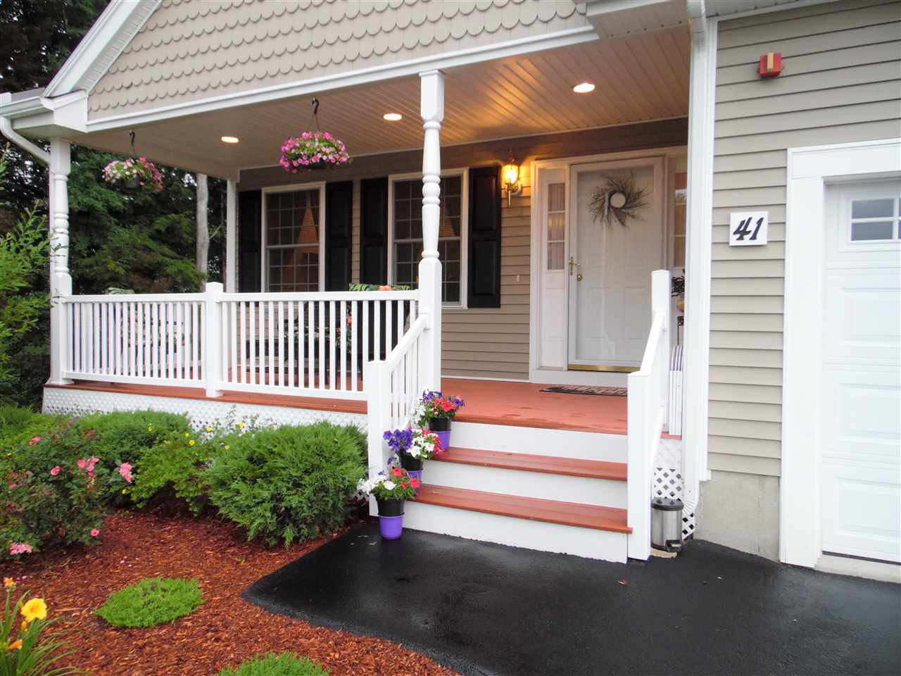 Litchfield NH Condo for sale $List Price is $339,900