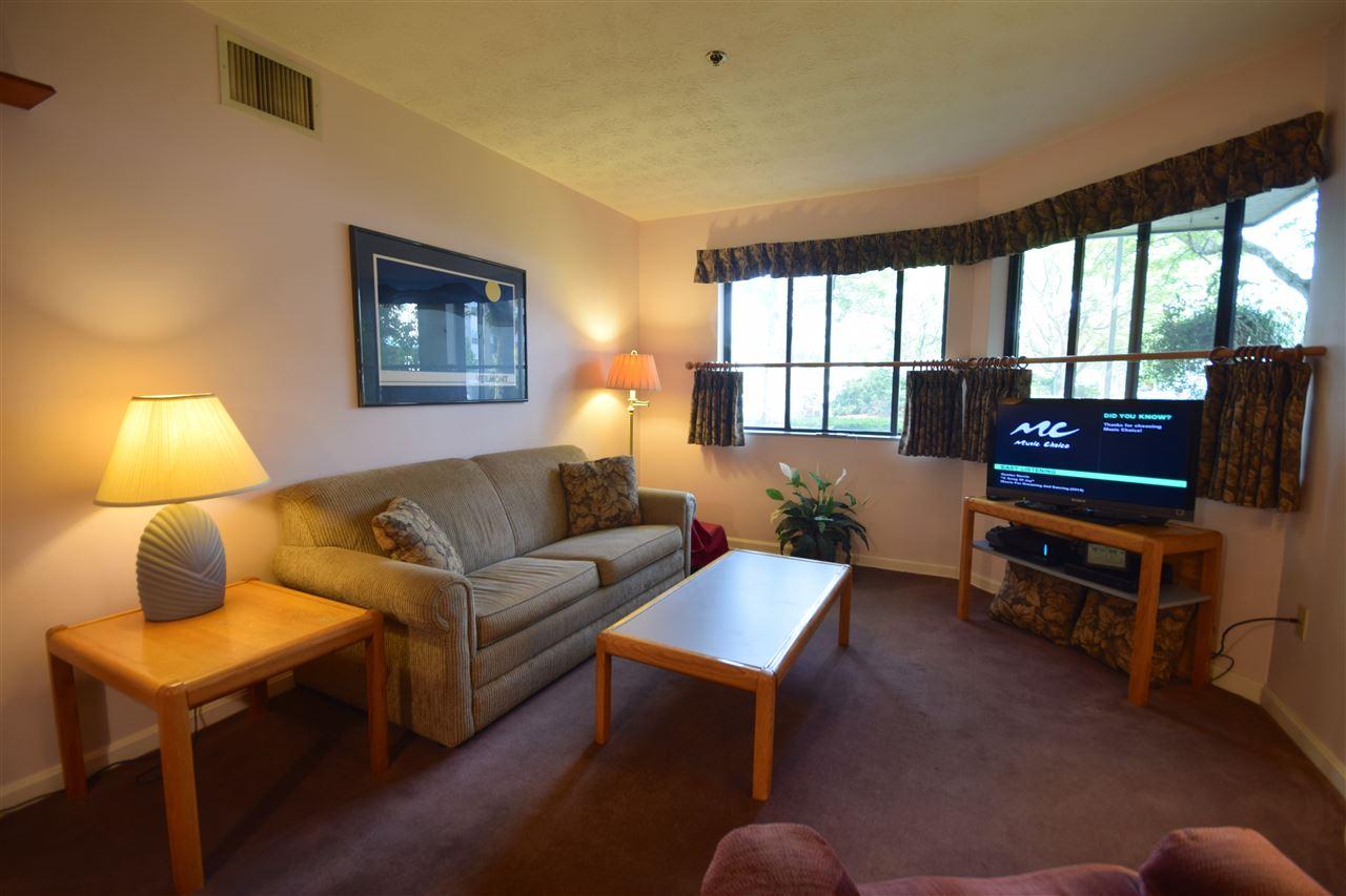 10 Kellogg Rd Suite 128, Essex, VT 05452