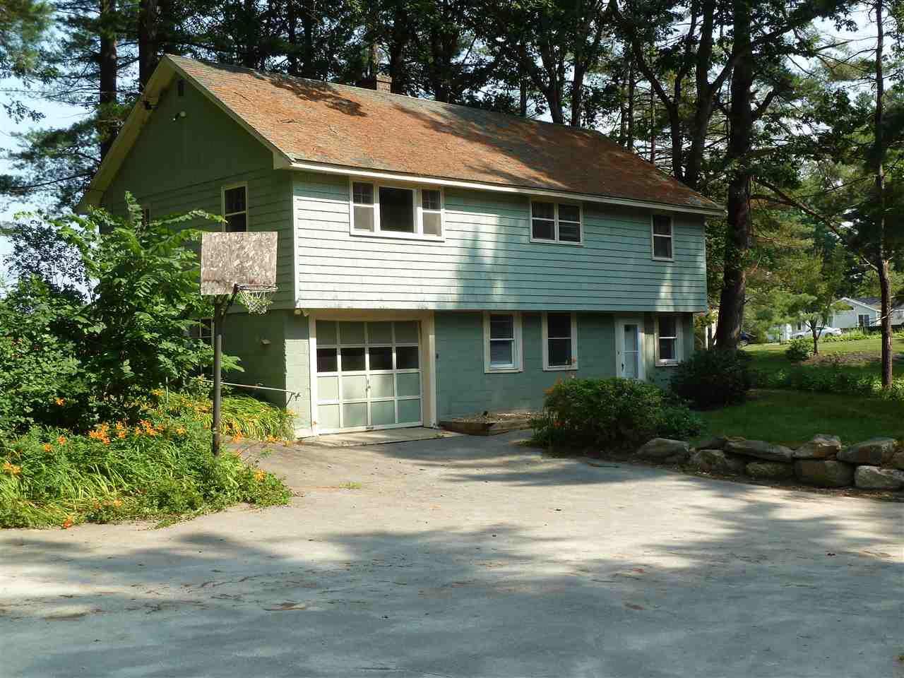 SALEM NH Single Family for rent $Single Family For Lease: $2,000 with Lease Term