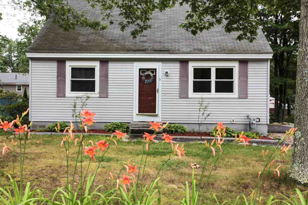 Allenstown NH Home for sale $List Price is $215,000