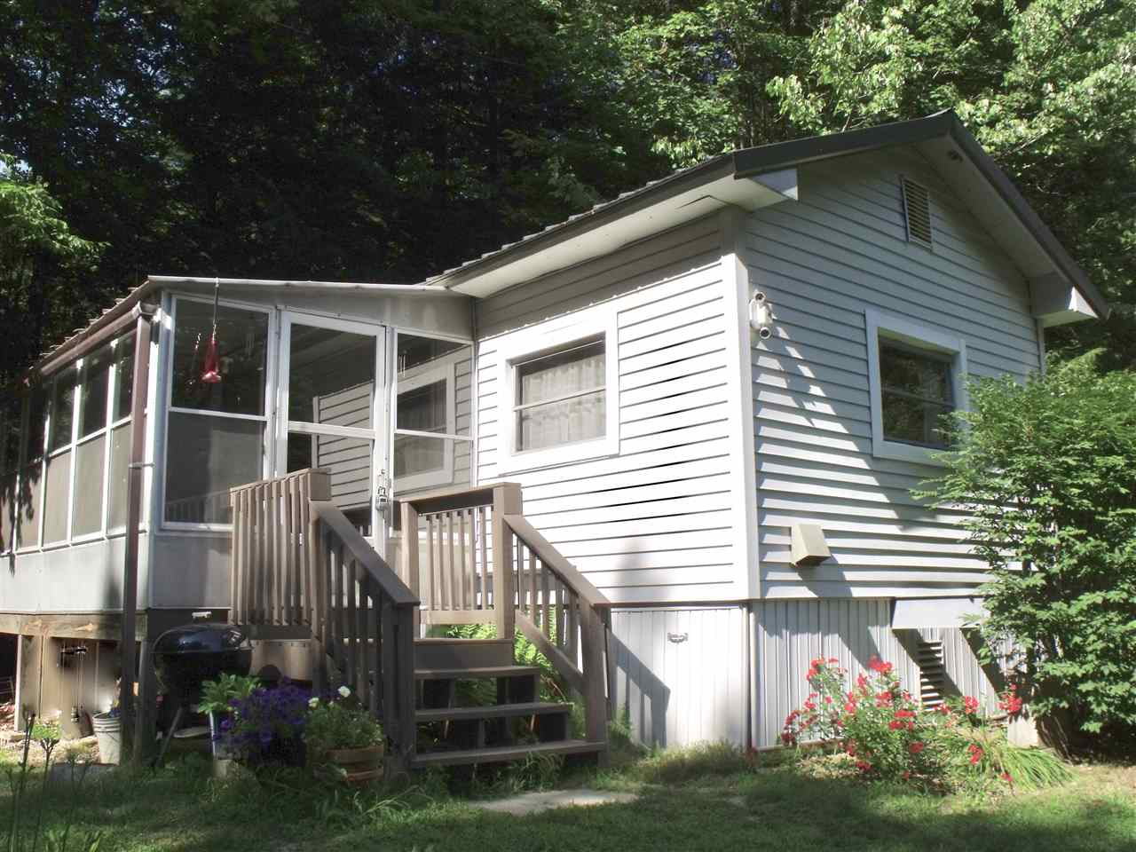 Weare NHMobile-Manufacured Home for sale $List Price is $95,000
