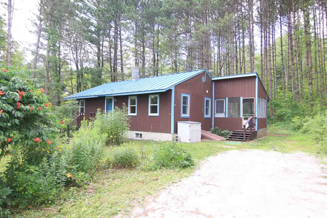 BOSCAWEN NH Home for sale $$189,900 | $220 per sq.ft.