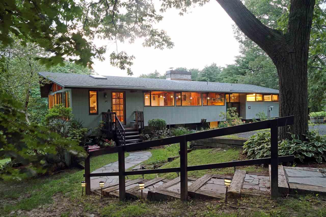 75 Old Farm Road, South Burlington, VT 05403
