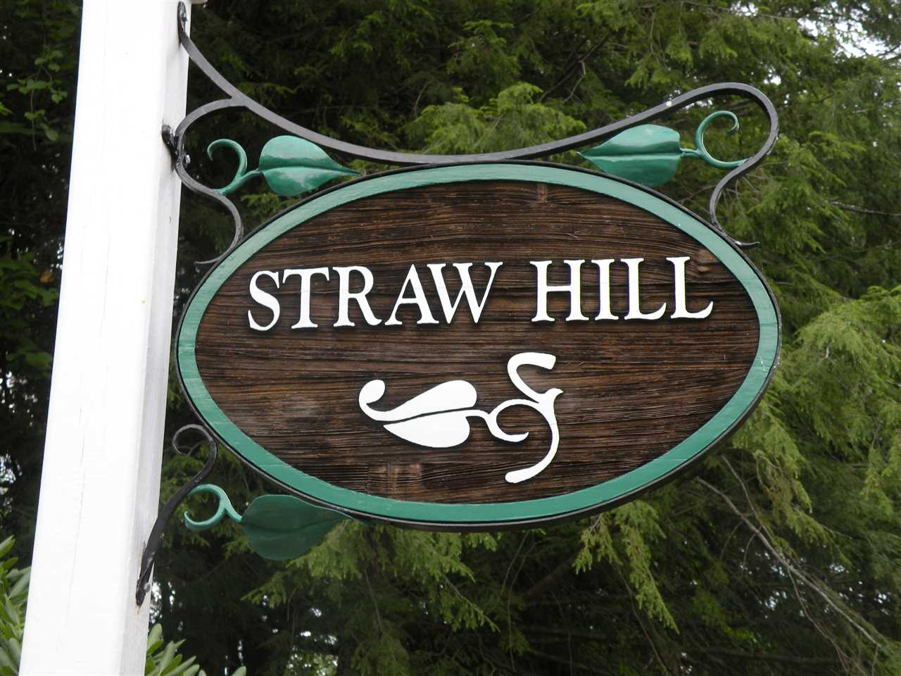 154 Straw Hill 154, Manchester, NH 03104